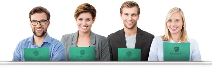 Mit unseren modernen Lernangeboten erhalten Sie einen bundesweit anerkannten IHK-Abschluss, mit dem Sie sich von anderen abheben werden.